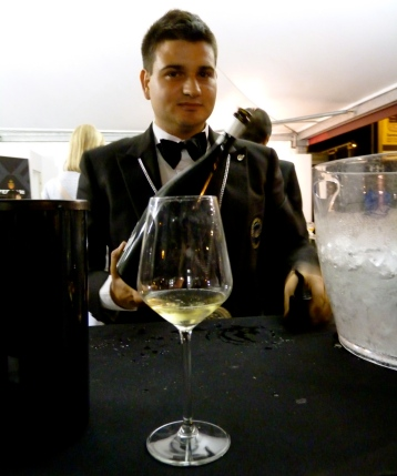 italian men sommelier vinoforum