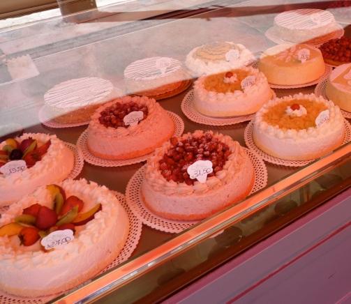 Marinari Roma patisserie fruit tart torta di nonna