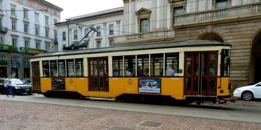 Milano Italy public transport