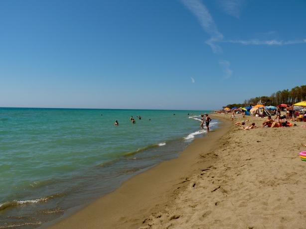 tuscan beaches sea rome