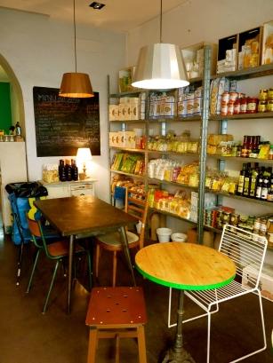 Italy biological food slow food